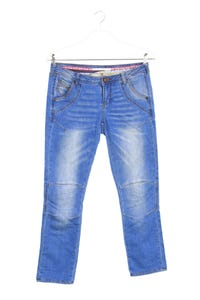 NILE atelier - used look straight cut jeans mit logo-patch - S